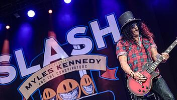 SLASH feat. Myles Kennedy and the Conspirators rockten am Sonntagabend  die Bühne bei Rock im Park 2019. Foto: Matthias Hoch