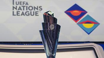 Nations-League-Trophäe